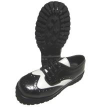 Boots & Braces 4 Loch Budapester Schuh in schwarz/weiss